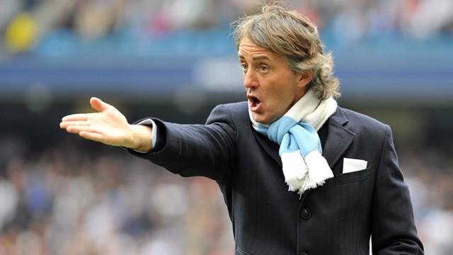 Mancini gesticulates