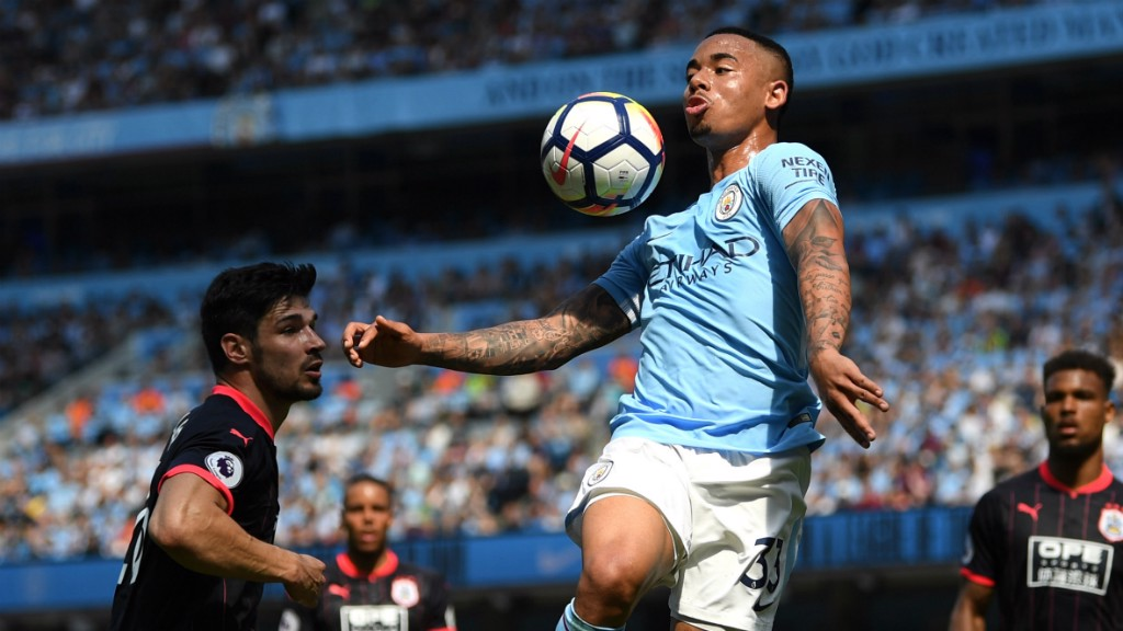 AIR TIME: A flying leap from Gabriel Jesus