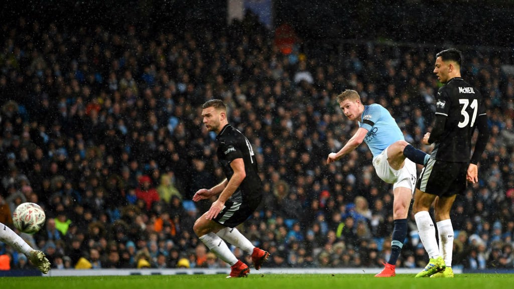 ROCKET: What a goal from Kevin De Bruyne!